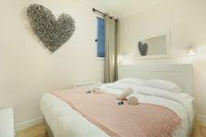 Appartement à Paris - Chenier 1 Nouveau 2P